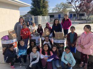 student leadership food drive